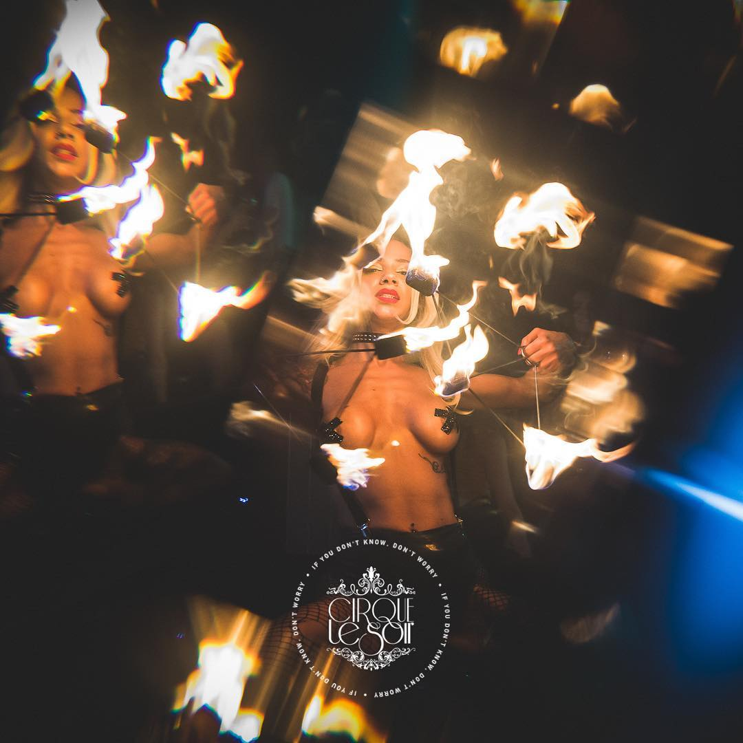 party at cirque le soir